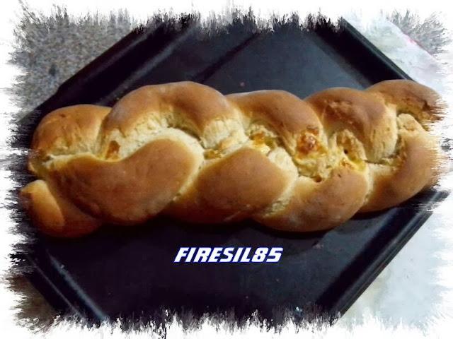 treccia di pan brioche farcito