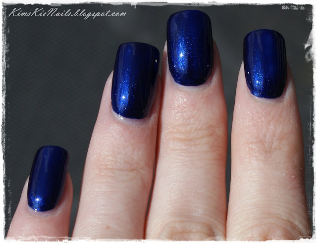 Essence deep blue sea