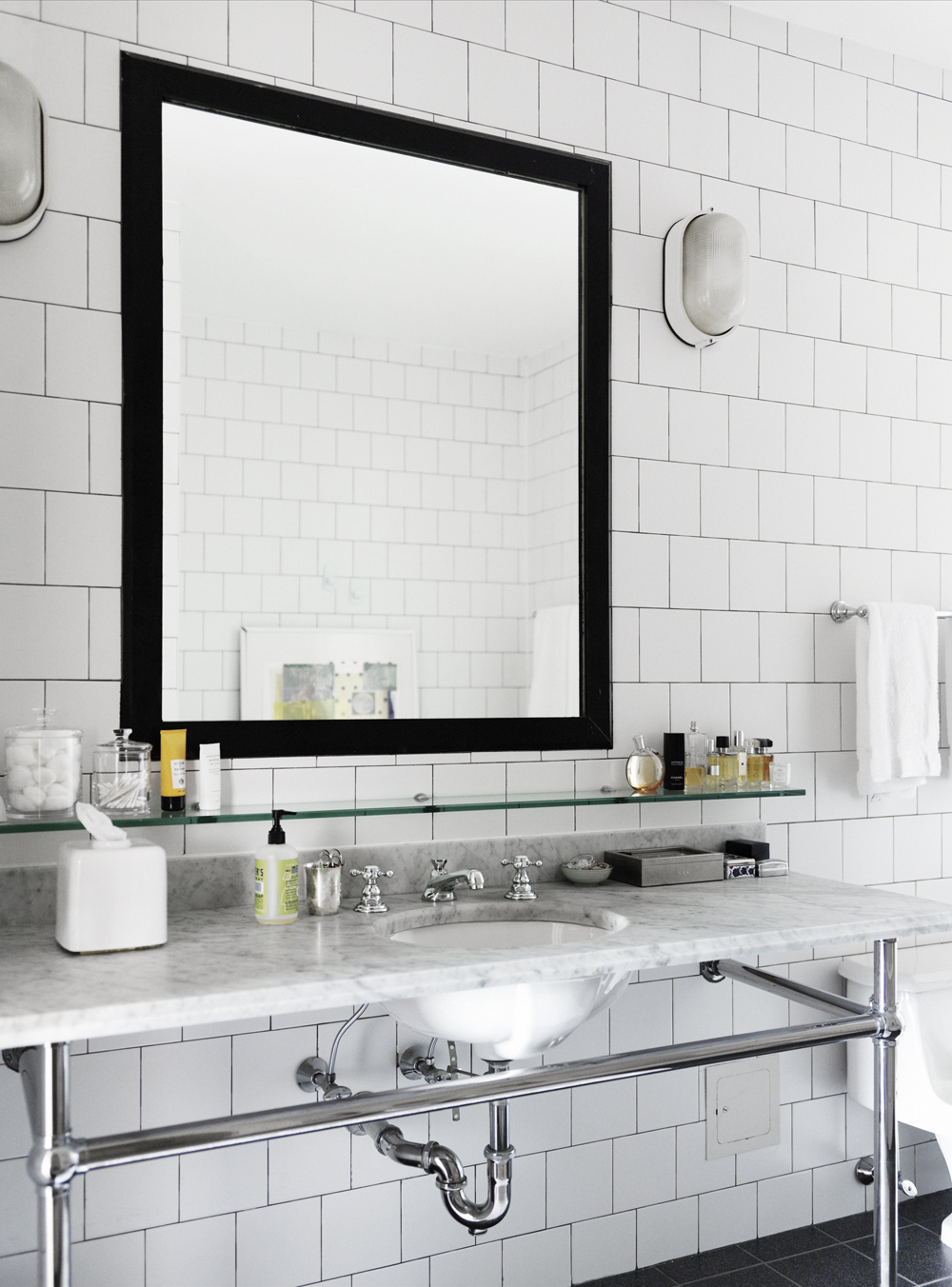 Bathroom Sink Mirror Furniture Inspiration Interior Design