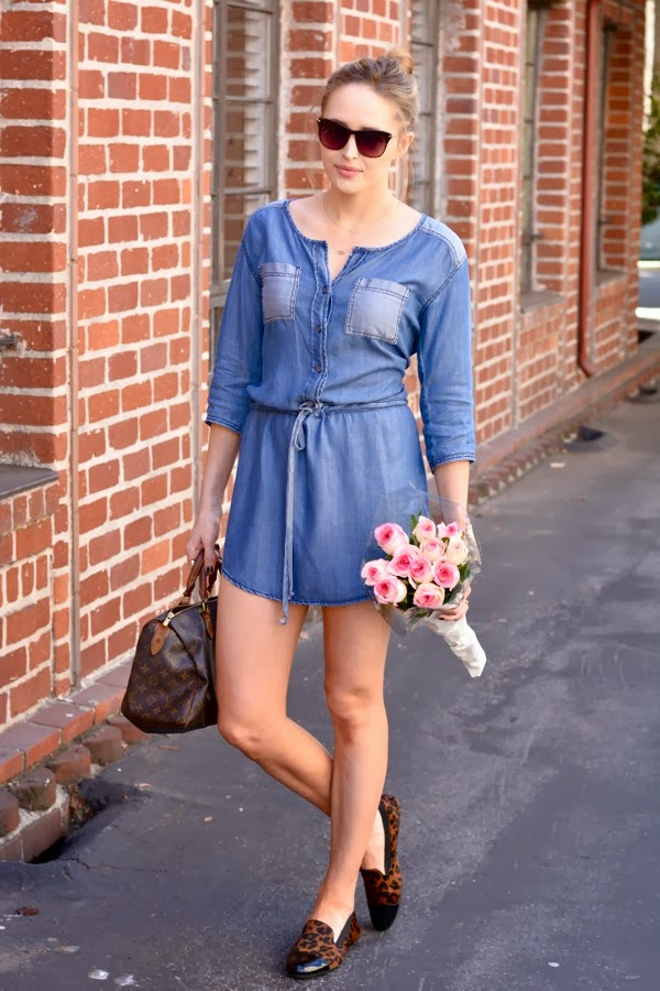 LA Personal Style Blogger-Denim Dress-Michael Stars- Leopard Loafers- Yosi Samra- Elizabeth & James Fairfax Sunglasses