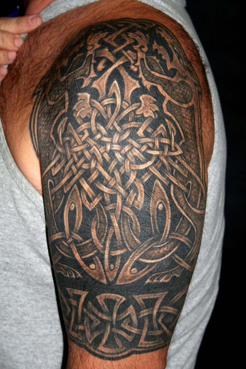 celtic knot tattoos3d tattoos. Black Bedroom Furniture Sets. Home Design Ideas