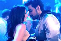 Kunal Kapoor, Luv Shuv Tey Chicken Khurana, nightclub Hell