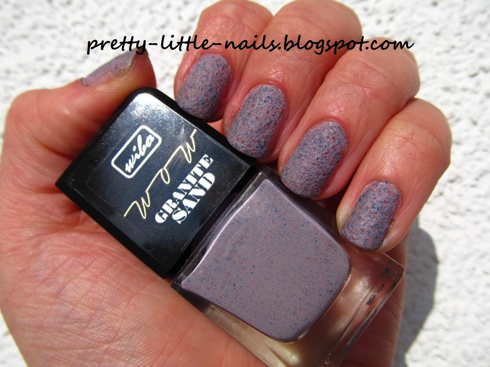 Pretty Little Nails:)