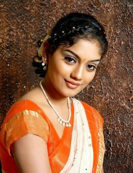 TELUGU TV ACTRESS KARUNA NEW PICS