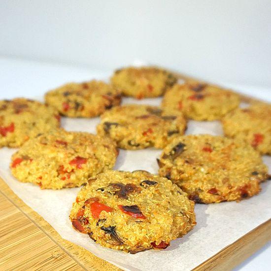 Life is too short, eat desserts: Baked Quinoa Patties