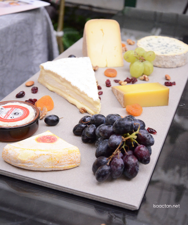 A classic cheese platter with condiments