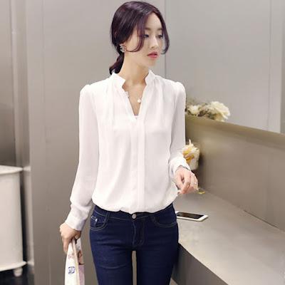 Model Blouse Kemeja Putih Wanita V neck Bahan Sifon