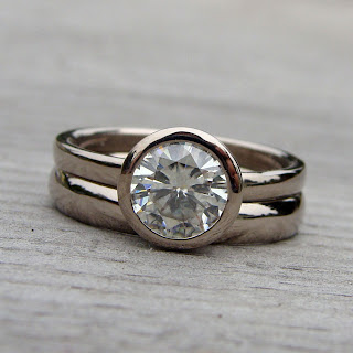 moissanite wedding set