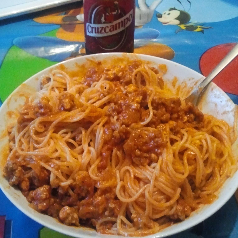 Espaguetis con carne picada f cil y r pido Plato rapido y facil de preparar