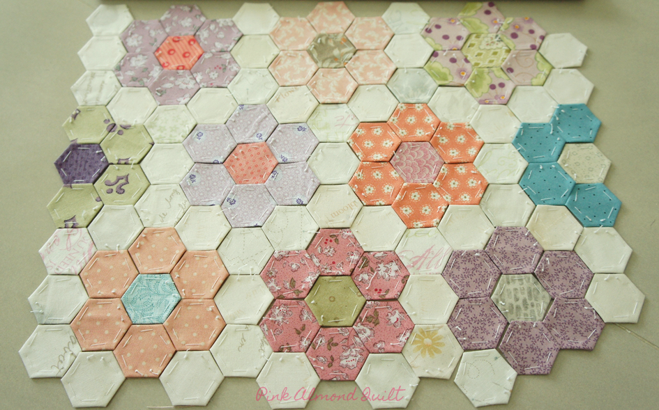 Hexagon Flower by Pink Almond Quilt