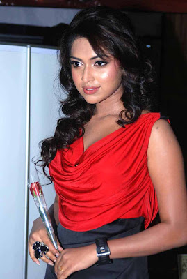amala paul at jf womens achievers awards 2012 glamour  images