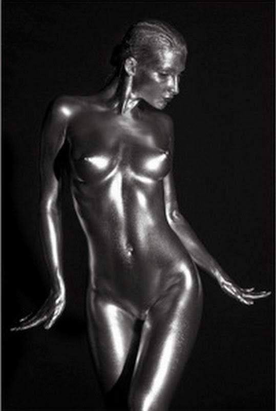 desnudo-artistico-femenino-foto-en-blanco-y-negro