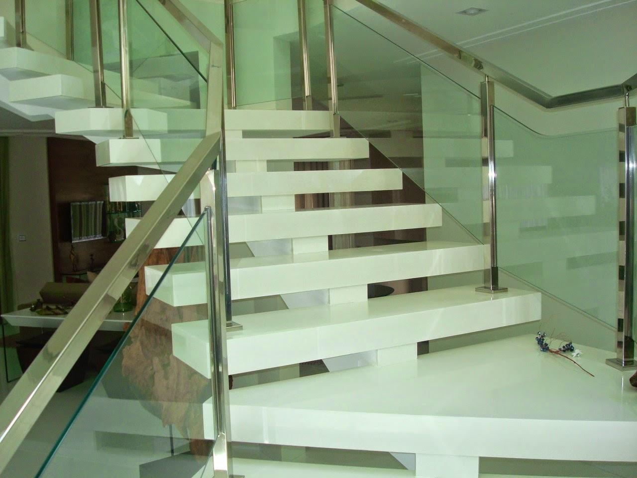 marfil resolvemos colocar aglostone branco prime para dar um destaque #5D4C33 1280x960 Banheiro Branco Prime