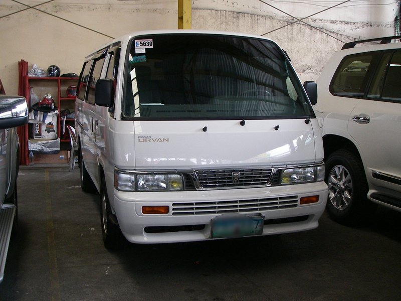 Cars For Sale in the Philippines: 2010 Nissan Urvan Shuttle VX Manual Diesel