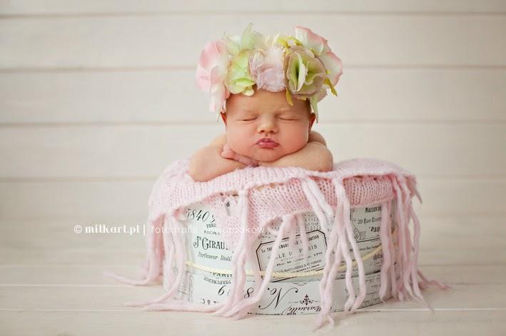 Zdjęcia noworodków, sesje niemowlęce, fotografia niemowlęca, fotograf dziecięcy, studio fotograficzne Wielkopolska