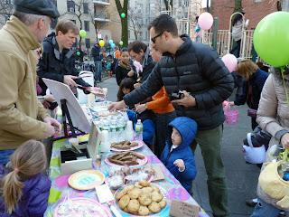 Photo snacks, by MK Metz. Easter Egg hunt Pierrepont Playground, Brooklyn 2013