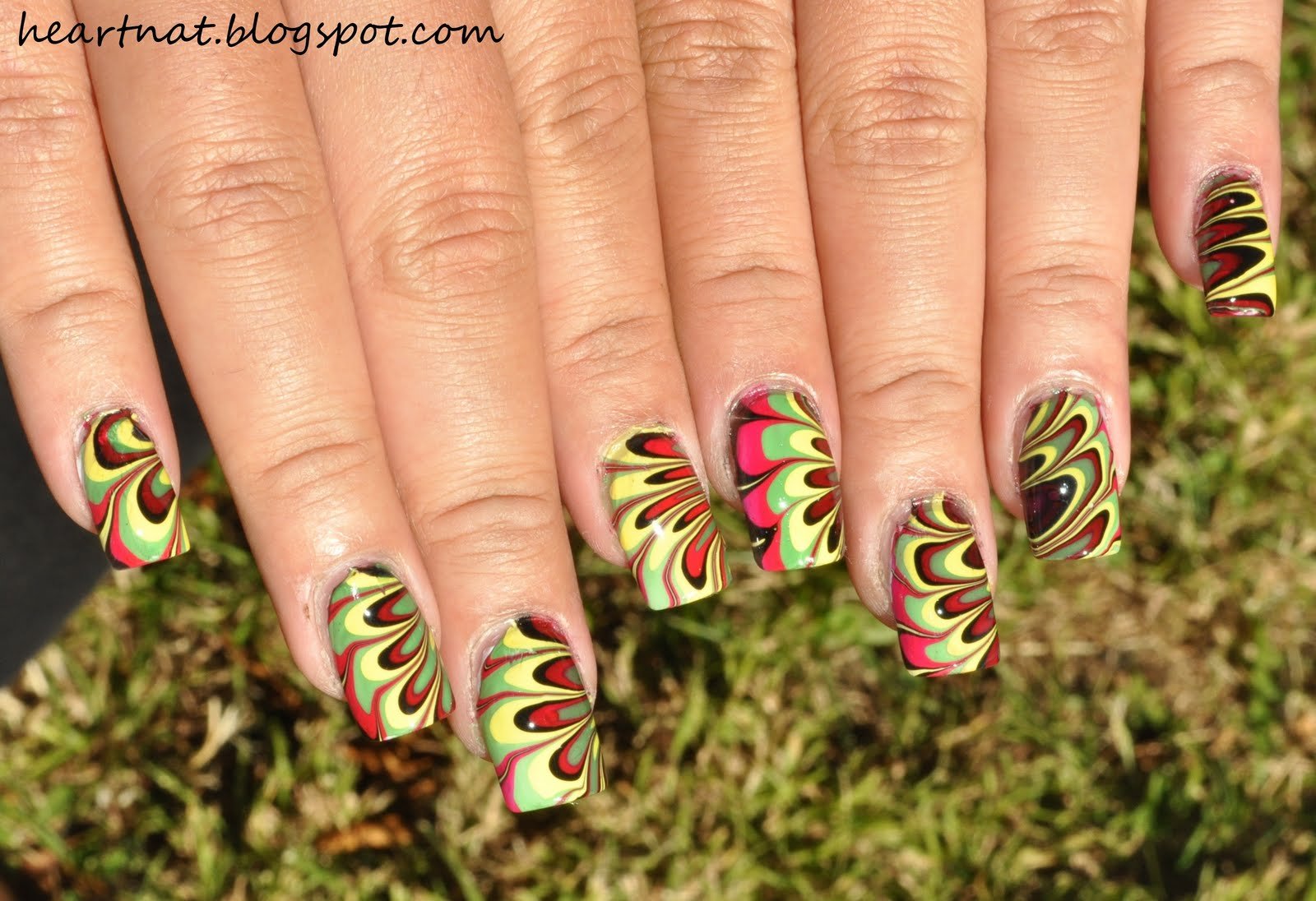 French Nail Art Reggae Water Marble