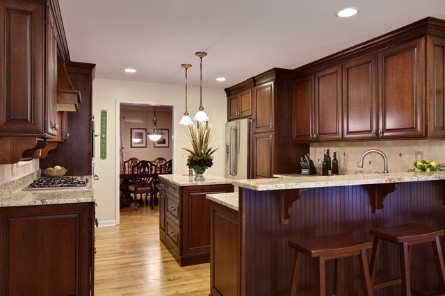 Pictures Of Kitchen With Dark Cabinets Light Wood Floors