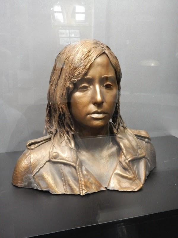 Allison Scagliotti Claudia Donovan bronzed head Warehouse 13