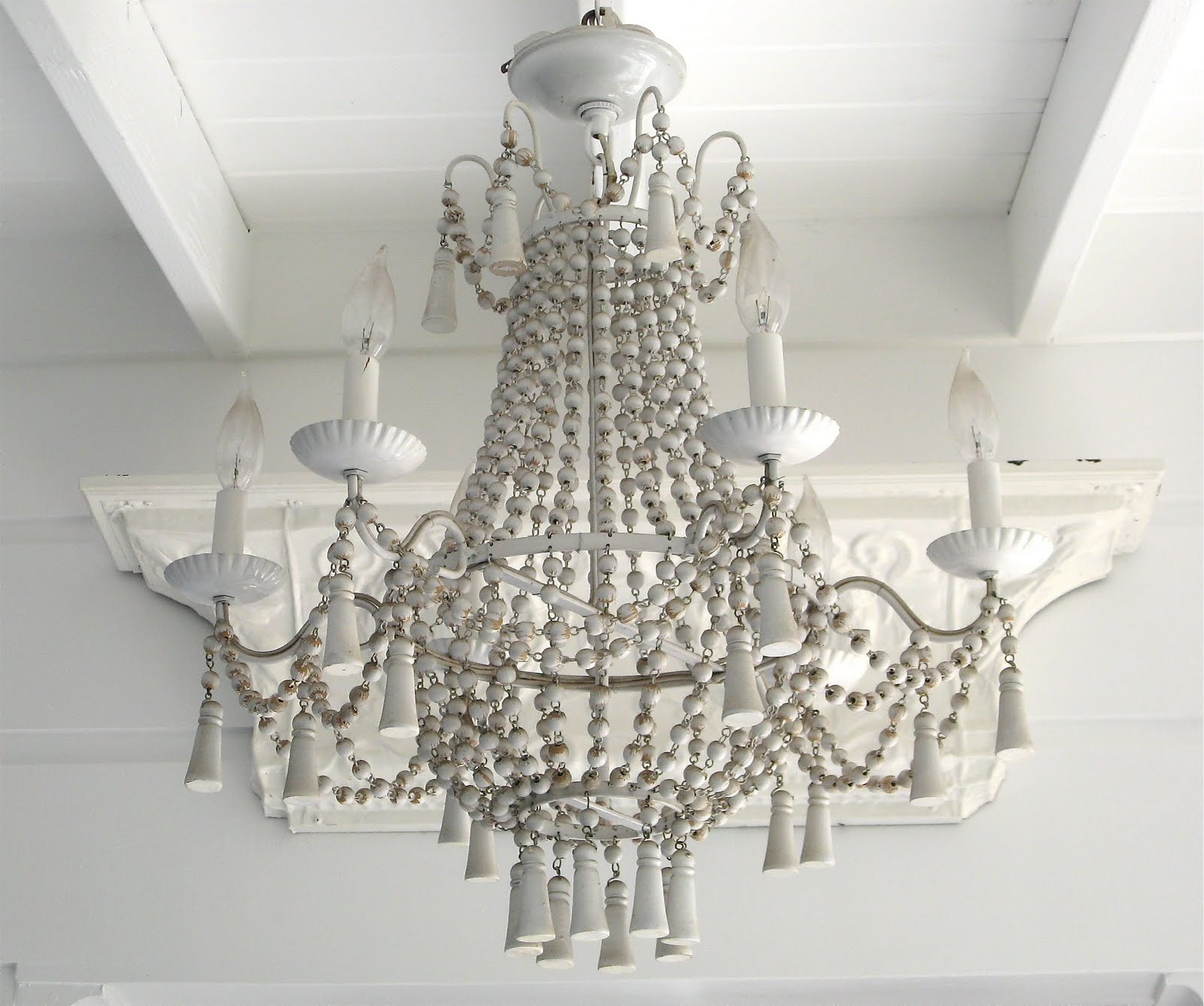 Chandeliers at beach house 27 chandeliers sunday dinner table mozeypictures Image collections