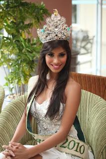 Nicole Faria Model