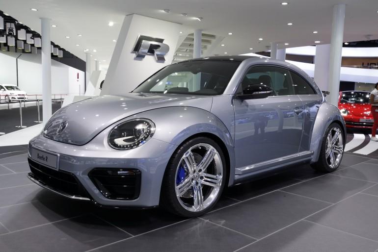 volkswagon beetle R 2011