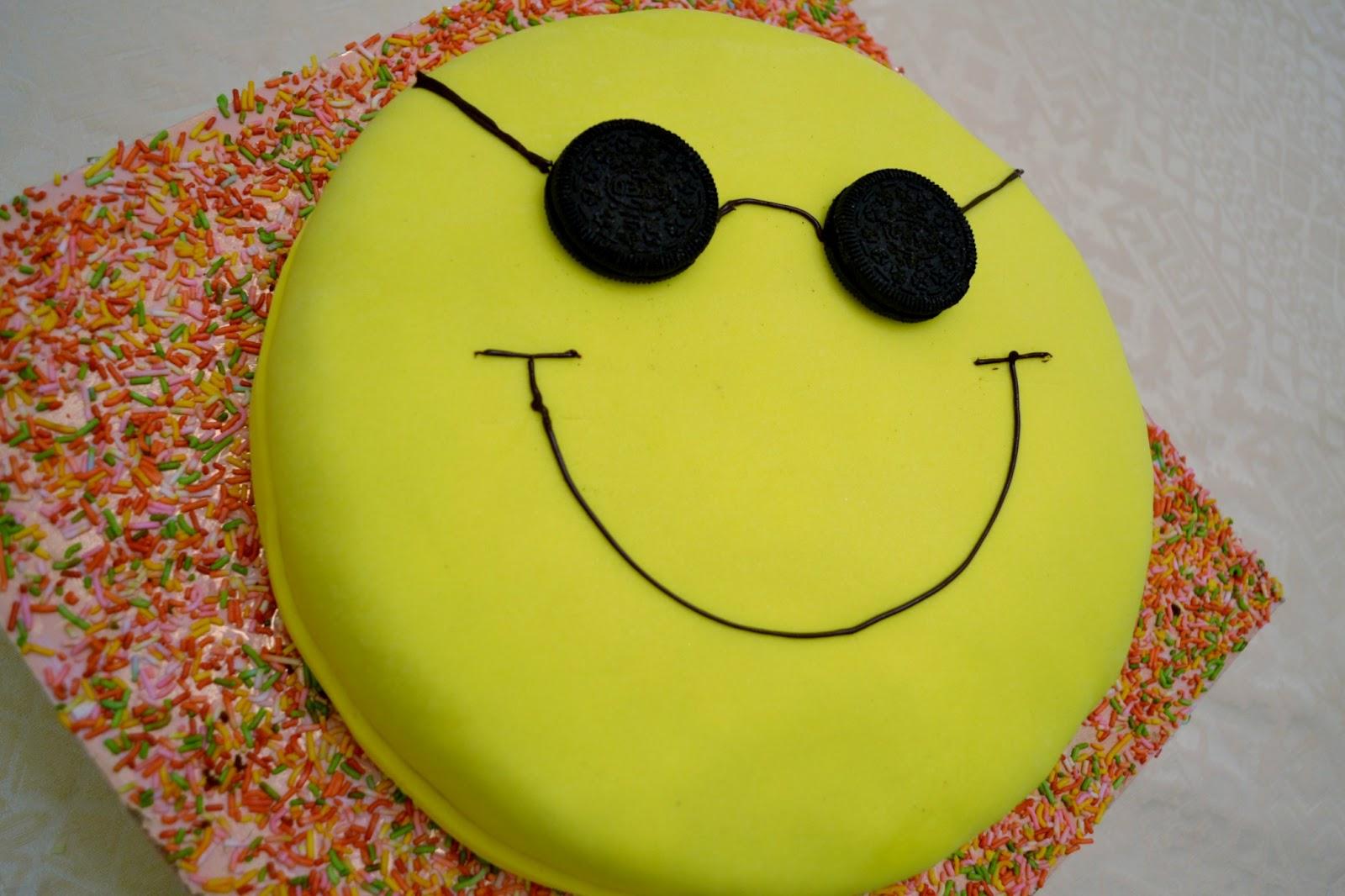 Smiley Face Cake Pan