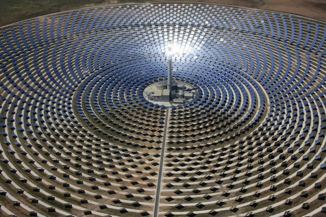 World's First Solar Plant That Generates Power at Night