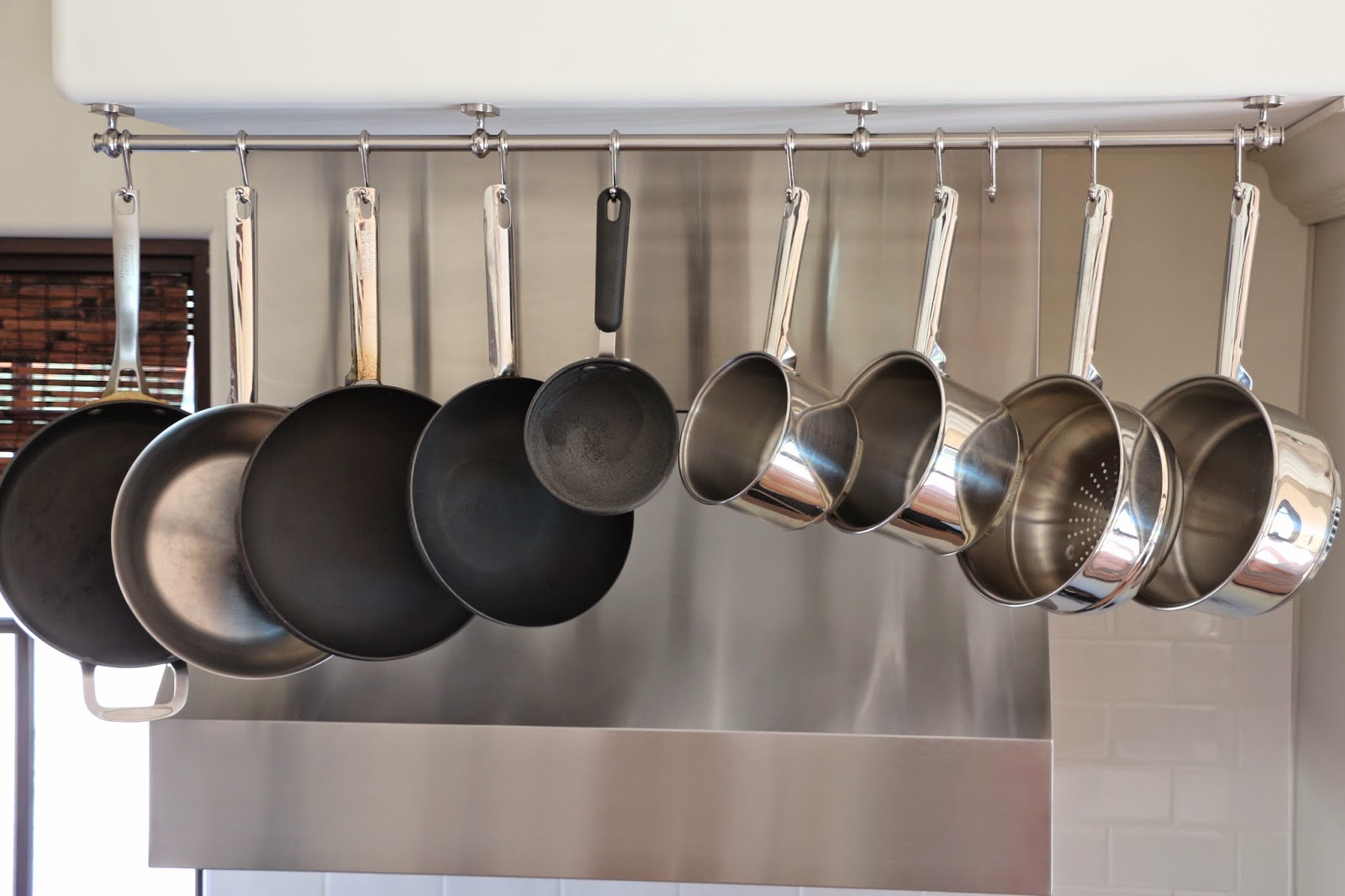 ikea fintorp as potrack, hanging kitchen pots, potrack, hanging kitchen pots
