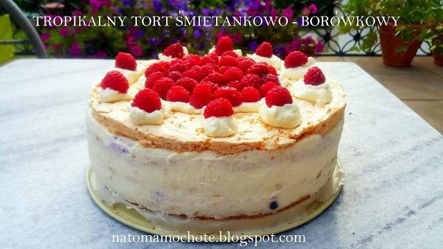 Tropikalny Tort Śmietankowo-Borówkowy