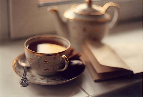 EL CLUB DE LA SUERTE Y DE LOS FUTBOLEROS Beautiful-book-coffee-cup-cute-Favim.com-454986