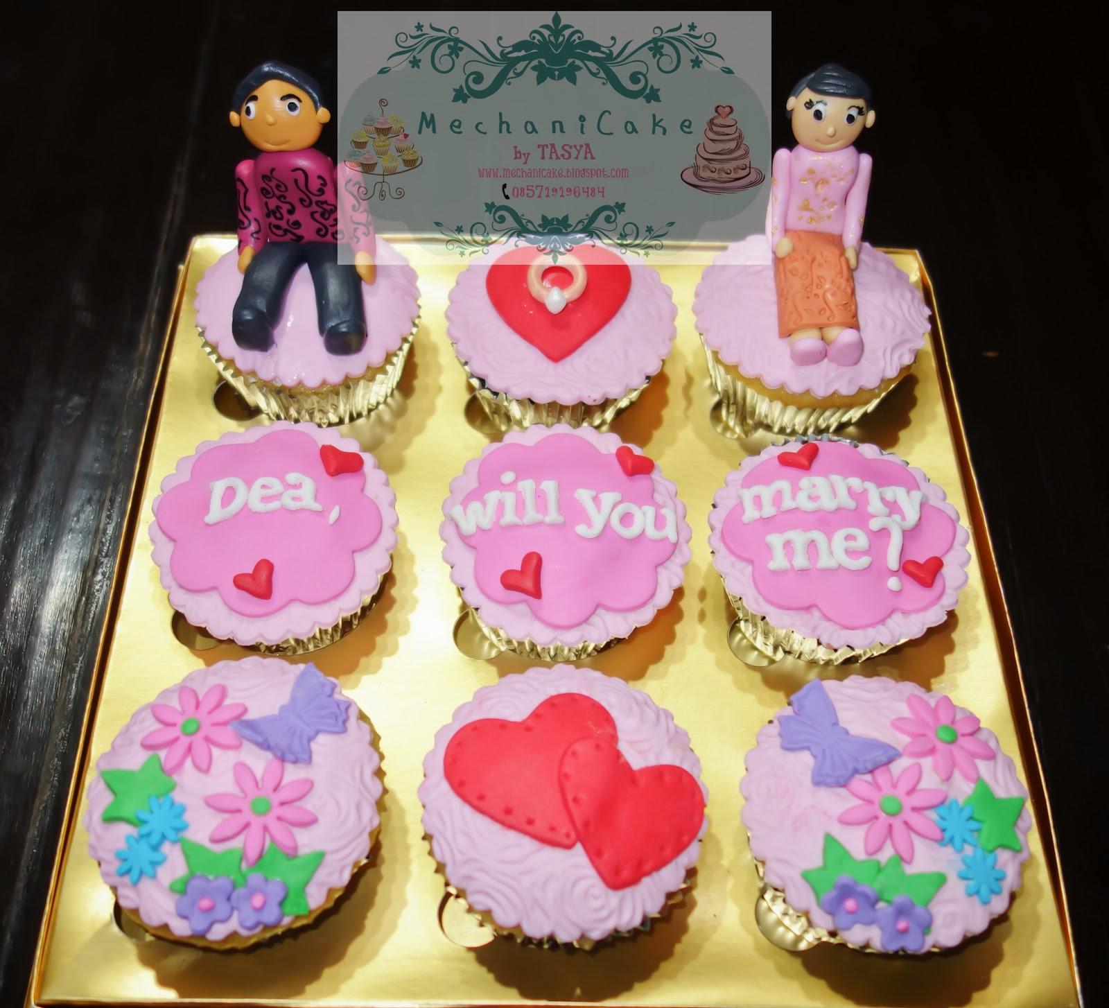 MechaniCake: Lamaran & Angsul-angsul cupcake for Dea-Adam