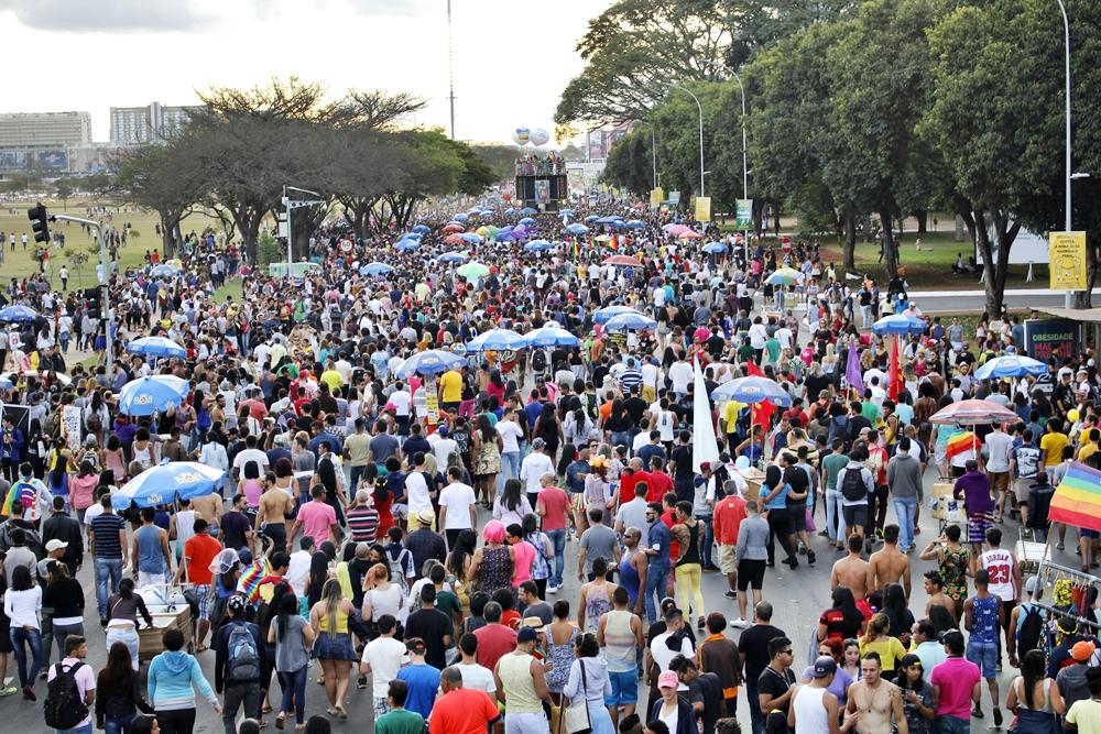 Esporte sem LGBTfobia será tema da 19ª Parada do Orgulho LGBTS de Brasília