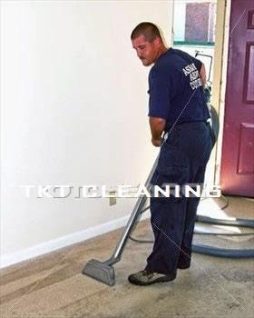 vệ sinh thô căn nhà trước khi tổng vệ sinh