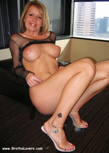 Riley Brooke Porn 43