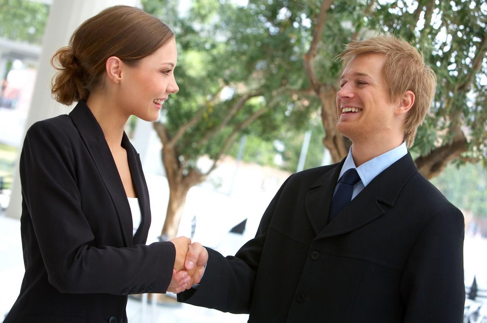 How to build confidence around women