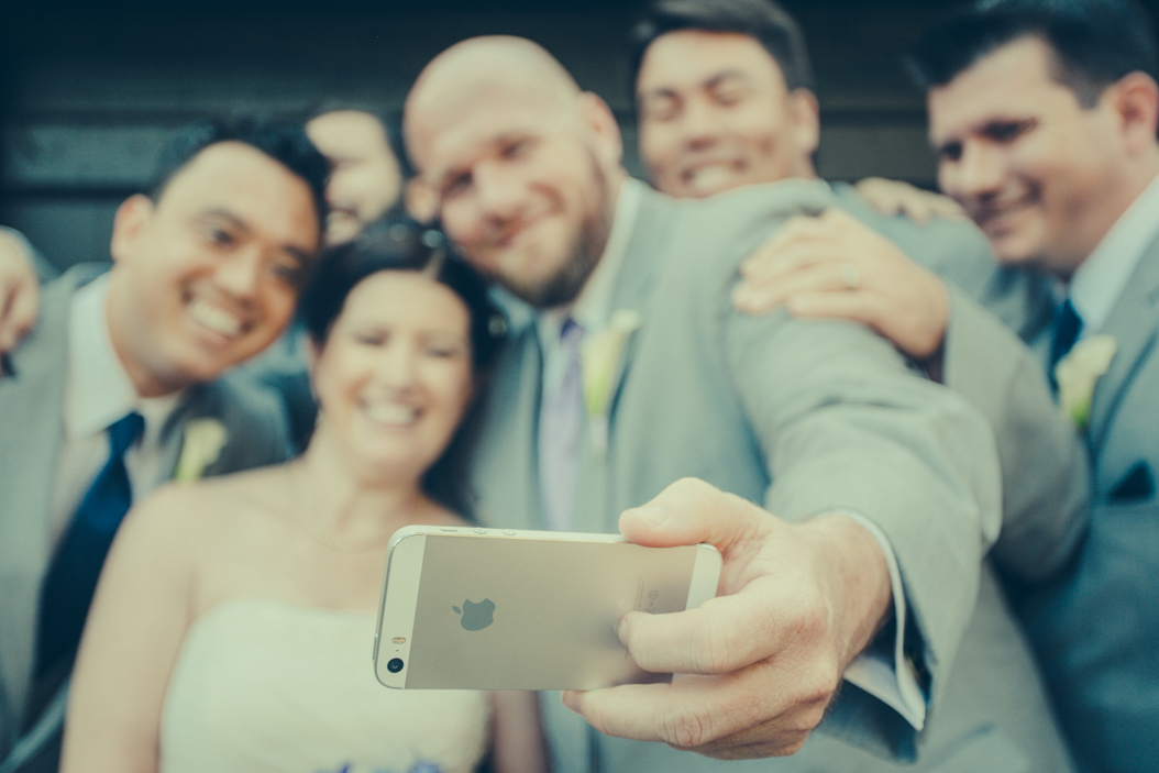 http://www.ilblogdisposamioggi.com/2014/12/weddingselfiesocial.html