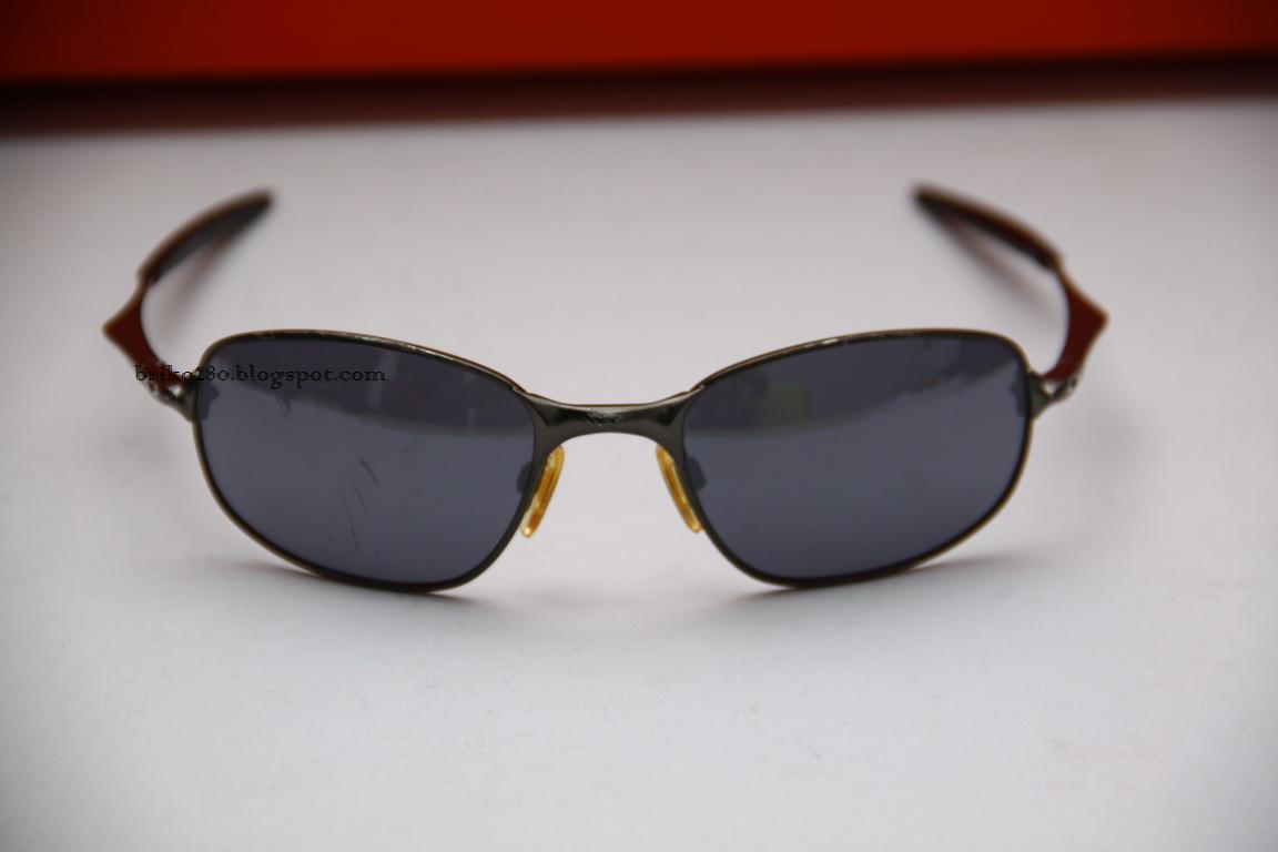 Oakley Mens Big Square Wire Sunglasses Center Variabledutycycletimer Measuringandtestcircuit Circuit