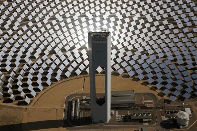 Las torres de energía solar de Sevilla, España