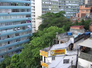Contrastes en Río de Janeiro, Brasil, La vuelta al mundo de Asun y Ricardo, round the world, mundoporlibre.com