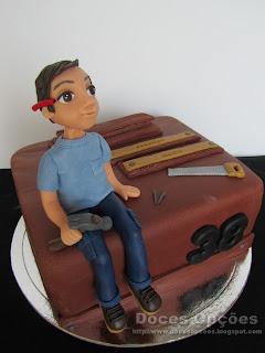 bolo aniversário carpinteiro bragança