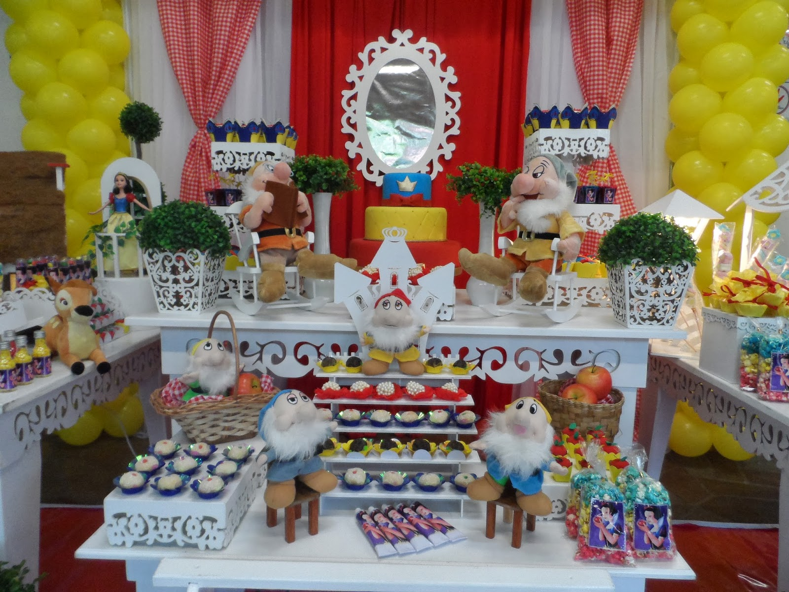 decoracao festa infantil branca de neve provencal:Crilê Decorações de Festas Infantis: BRANCA DE NEVE PROVENÇAL
