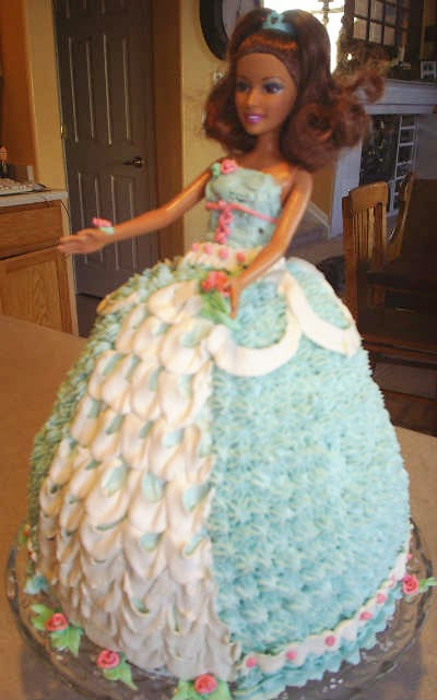 Barbie Doll Cake Decorating Ideas : 6 cute Barbie girl birthday cake designs Creative things