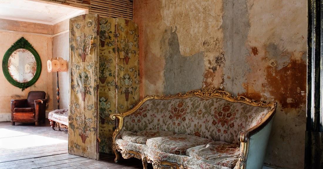 atelier rue verte le blog une maison d labr e pour des photos tendances. Black Bedroom Furniture Sets. Home Design Ideas
