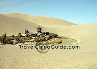 Crescent Lake, Dunhuang, Gansu