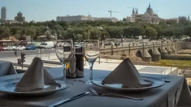 Colombianos en espa a restaurante colombiano la fogata - Restaurante colombianos en madrid ...
