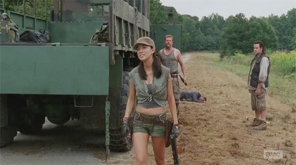 """Rosita momentos despues de protagonizar el """"momento culo"""" en  The Walking Dead 4x11 - Claimed"""