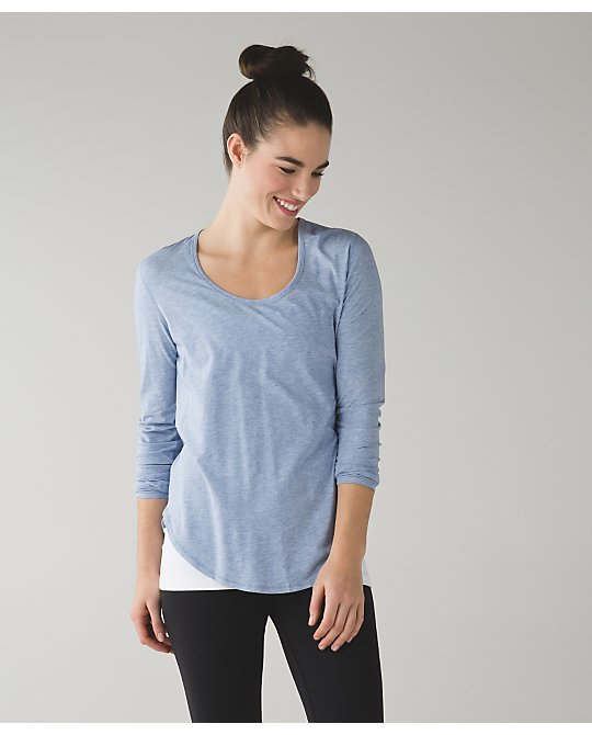 lululemon yogini-5-year-ls lullaby