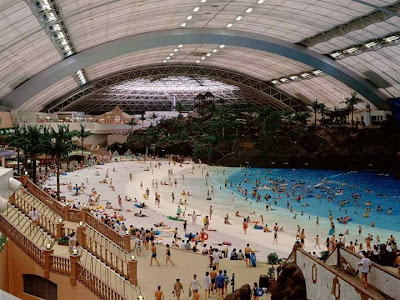 Japan's Indoor Man-Made Beach..!!