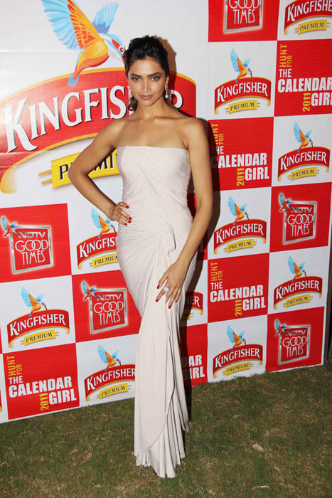 deepika padukone at kingfisher event hot images
